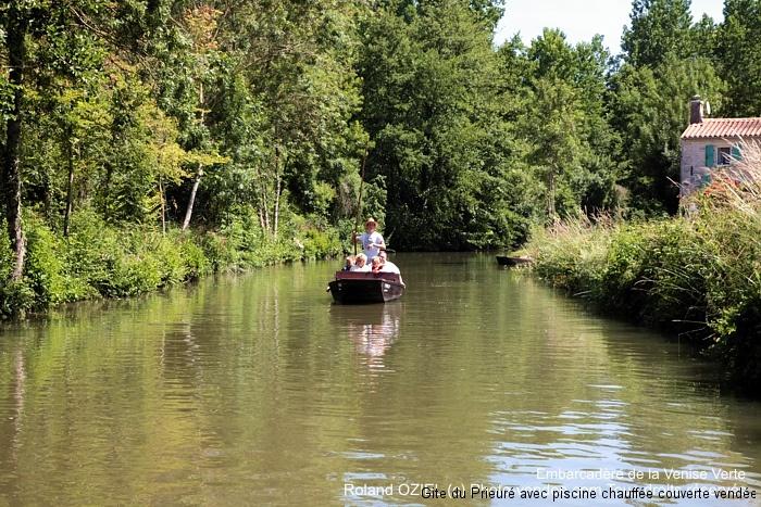 Balade en barque sur la Venise Verte du Marais Poitevin